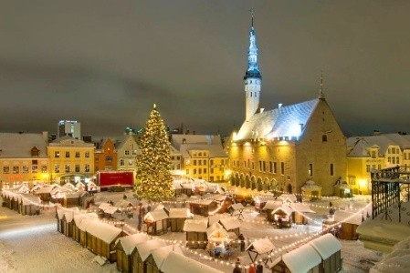 10403537-tallinn-christmas-market.jpg.png.jpeg